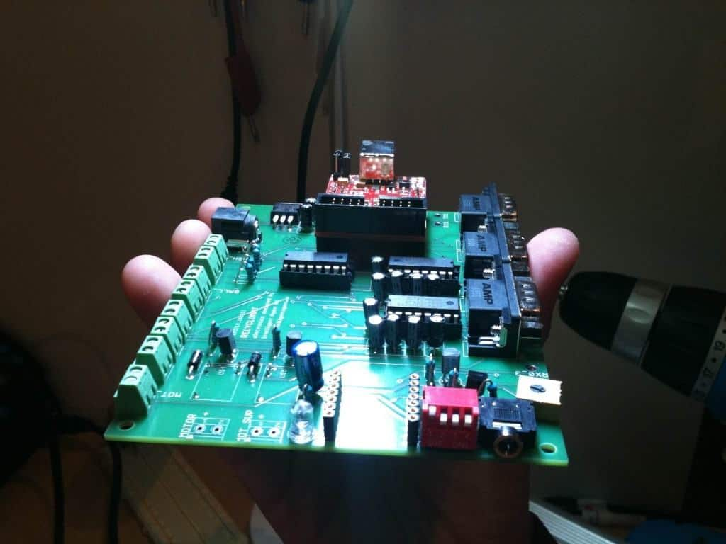 Completed electronic circuit for the recycling machine
