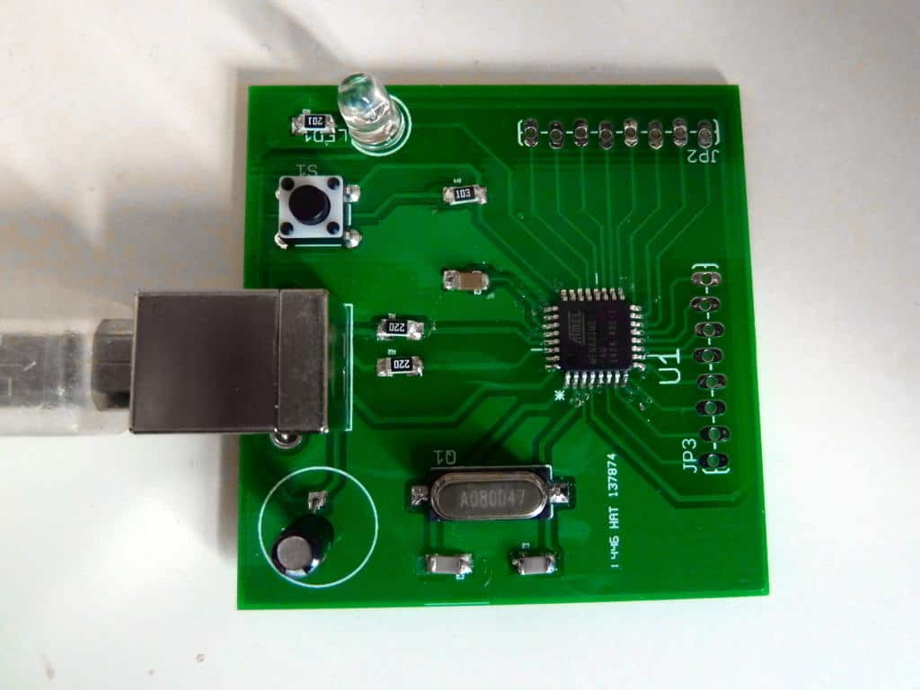 Microcontroller circuit board