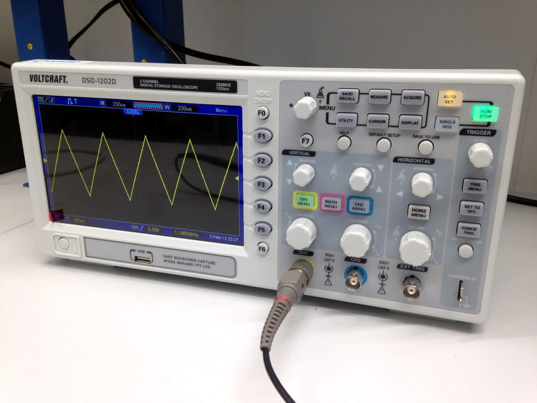 Building A Oscilloscope : How to use an oscilloscope build electronic circuits