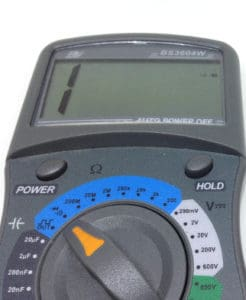 Multimeter in continuity test mode