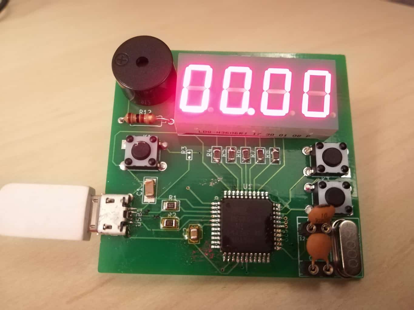 Alarm Clock Prototype Build Electronic Circuits Thermometer Circuit With Explanation Https Com Wp Content Uploads 2018 01 Tutorial Device1
